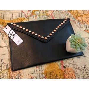 в-ℓσω тнє вєℓт - NWT Studded Vegan Leather Clutch